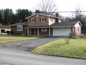 35 WATERFORD PIKE, Brookville, PA 15825