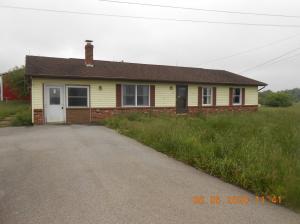 4402 ALLENS MILLS RD, Reynoldsville, PA 15851