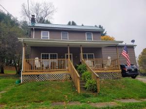 14 CRAIG ST, Brookville, PA 15825