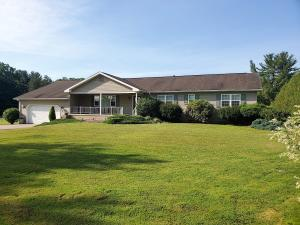 66 HILL TOP LN, Brookville, PA 15825