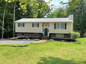 2257 CARRIBEAN RD, Dubois, PA 15801