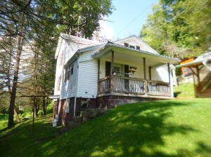 246 W CLARION RD, Brockway, PA 15824