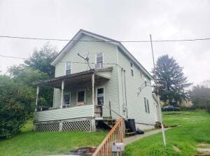 402 E MAIN ST, Sykesville, PA 15865