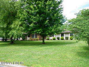 115 Hawthorn, Salem, IL 62881
