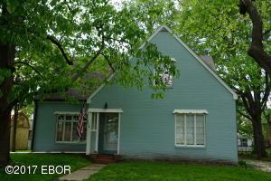 207 N Ohio, Salem, IL 62881