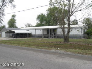 419 S Oak, Sandoval, IL 62882