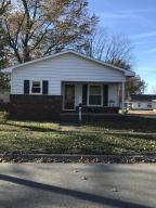 831 N Shelby, Salem, IL 62881