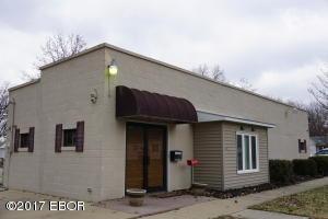424 N College, Centralia, IL 62801