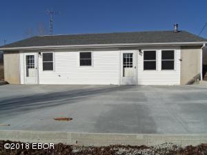 12911 E Base Line Road, Dix, IL 62830