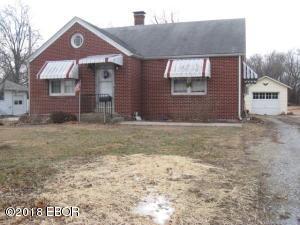 421 N Illinois, Salem, IL 62881