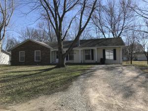 1503 W Spruce Street, Salem, IL 62881