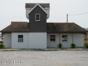 1401 W Main Street, Salem, IL 62881