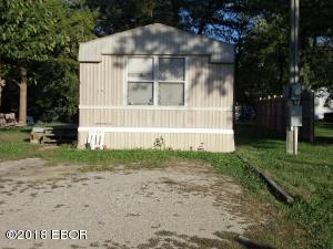 1210 N Miller Street, Salem, IL 62881