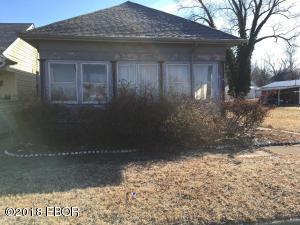 429 N James Avenue, Centralia, IL 62801