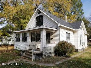 317 N Pine Street, Centralia, IL 62801