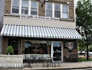 107 E Main Street, Salem, IL 62881