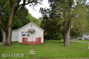 116 S Yoos Street, Centralia, IL 62801