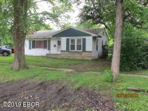 1407 S Sycamore Street, Centralia, IL 62801