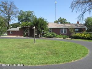 391 Community Beach Road, Centralia, IL 62801
