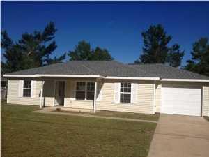 149 Marigold Avenue, Mossy Head, FL 32433