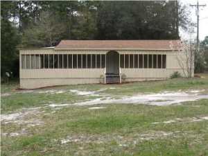 1989 Juniper Lake Road, Defuniak Springs, FL 32433