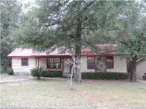 961 Dixie Street, Crestview, FL 32536