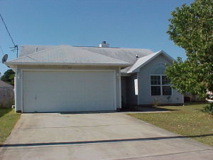 42 Stowe Road, Mary Esther, FL 32569