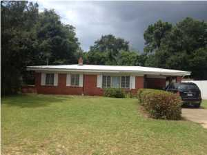 1252 Mapoles Street, Crestview, FL 32536