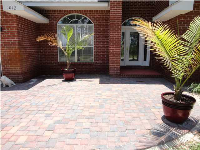 1042 Driftwood Point Road