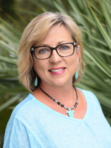 Teresa W Kelly