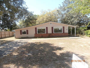 106 NW Markella Road, Fort Walton Beach, FL 32548