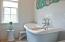 Master bath tub.