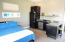 STUDIO APARTMENT / WITH PRIVATE ENTRY