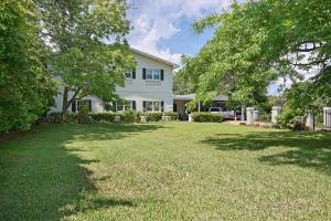 321 NE Yacht Club Drive, Fort Walton Beach, FL 32548