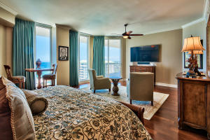 15400 Emerald Coast Parkway, PH8A, Destin, FL 32541