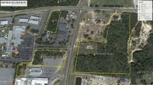 X College Blvd, Niceville, FL 32578