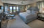 Bath en-suite and 2 walk-in closets
