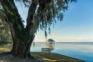 Over 600 feet of Bay frontage with private dock on the Choctawhatchee