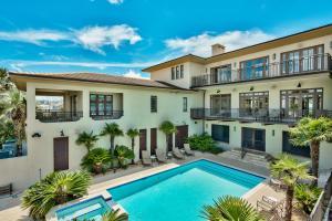 627 Gulf Shore Drive, Destin, FL 32541
