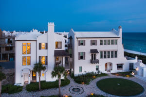 One Tier from the Gulf in Alys Beach, Florida