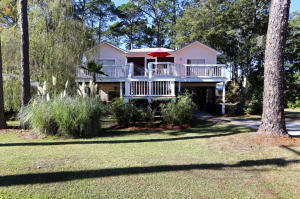 323 E Seahorse Circle, Santa Rosa Beach, FL 32459