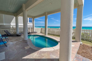 A private gulf front pool