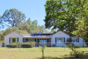 92 Huggins Road, Defuniak Springs, FL 32433