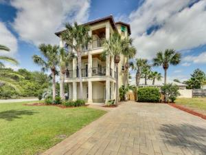 Tropical Oasis I is an exceptional rental property! Great location in Frangista Beach close to all dining and shopping in Sandestin and Destin.