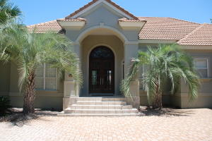 443 Captains Circle, Destin, FL 32541