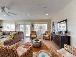 187 SE Brooks Street, UNIT A402, Fort Walton Beach, FL 32548