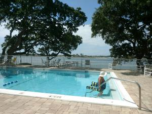 209 W Miracle Strip Parkway, UNIT D206, Mary Esther, FL 32569