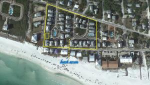 Summer Breeze Neighborhood - 2 Pools & Deeded Beach Access