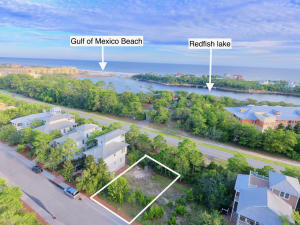 Close proximity to Redfish Lake and Gulf of Mexico.