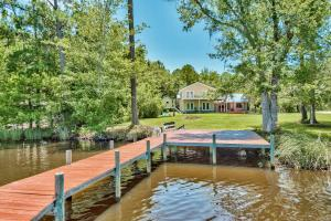 Welcome Home to 538 Mallet Bayou Road!